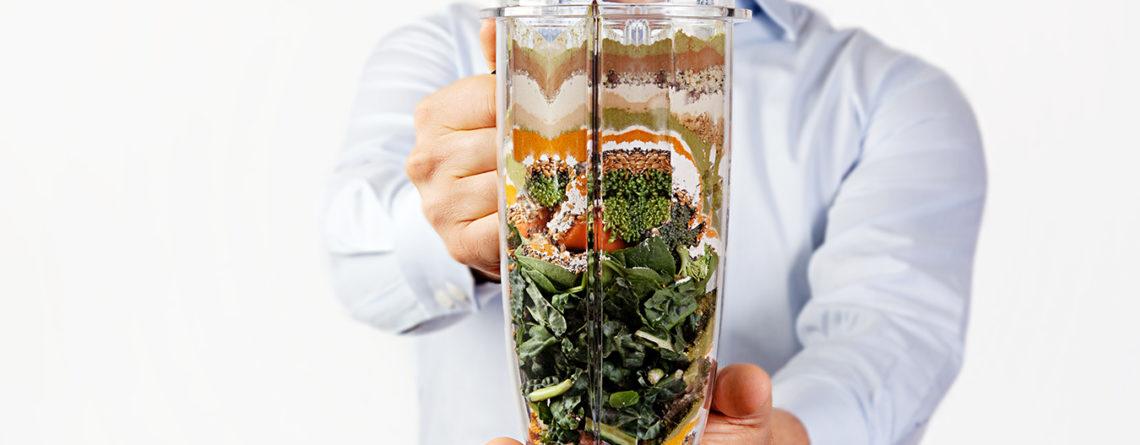 Натуральная еда в миксере